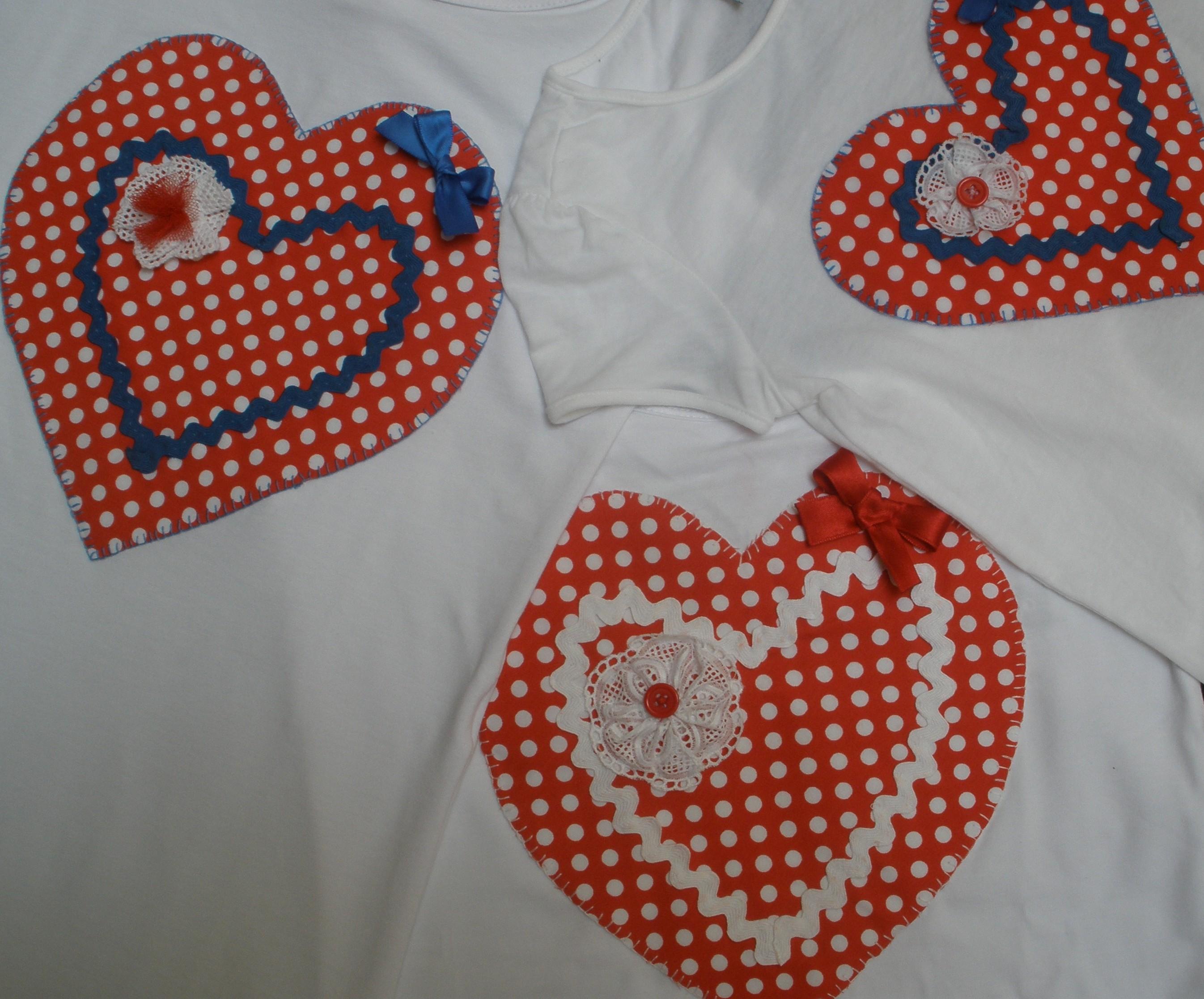 Decoracion En Telas Paso A Paso ~ Camiseta corazones, hacer camisetas paso a paso